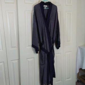 West Lake Spring Silk Mens Robe